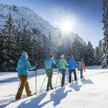 Winter hiking program - snowshoeing @Achensee Tourismus