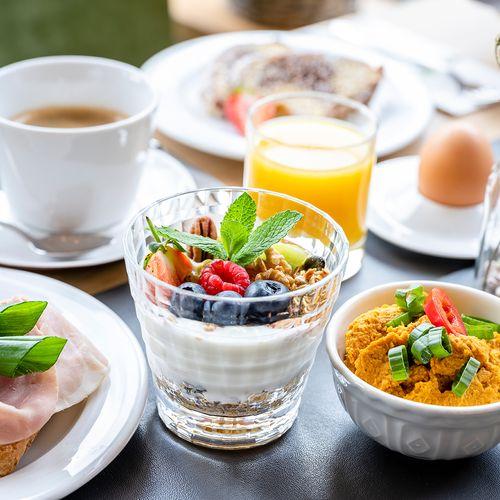 Breakfast (3358) ©Günter Standl