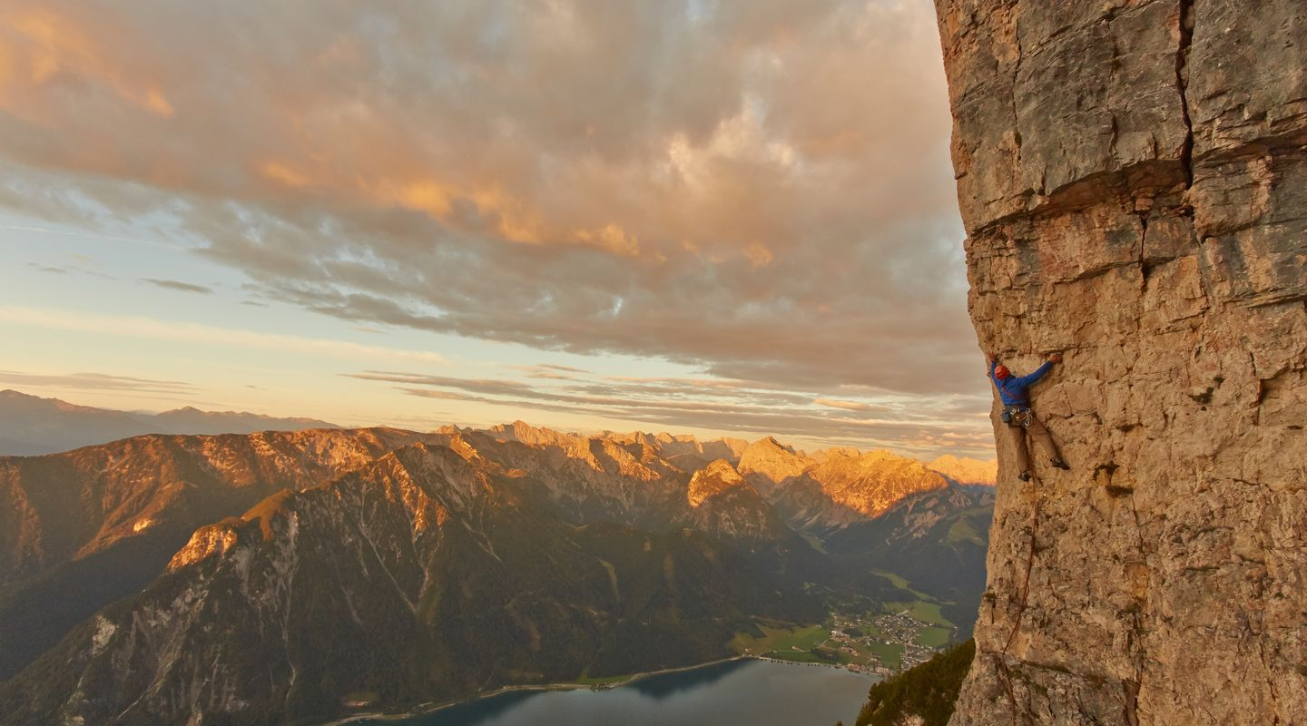Climbing on the Rotspitz @Achensee Tourismus