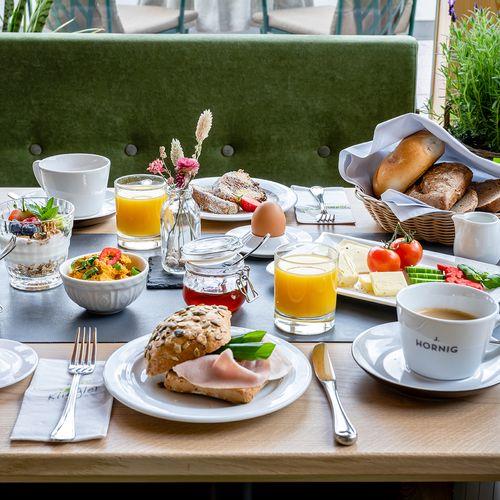 Breakfast (3347) ©Günter Standl
